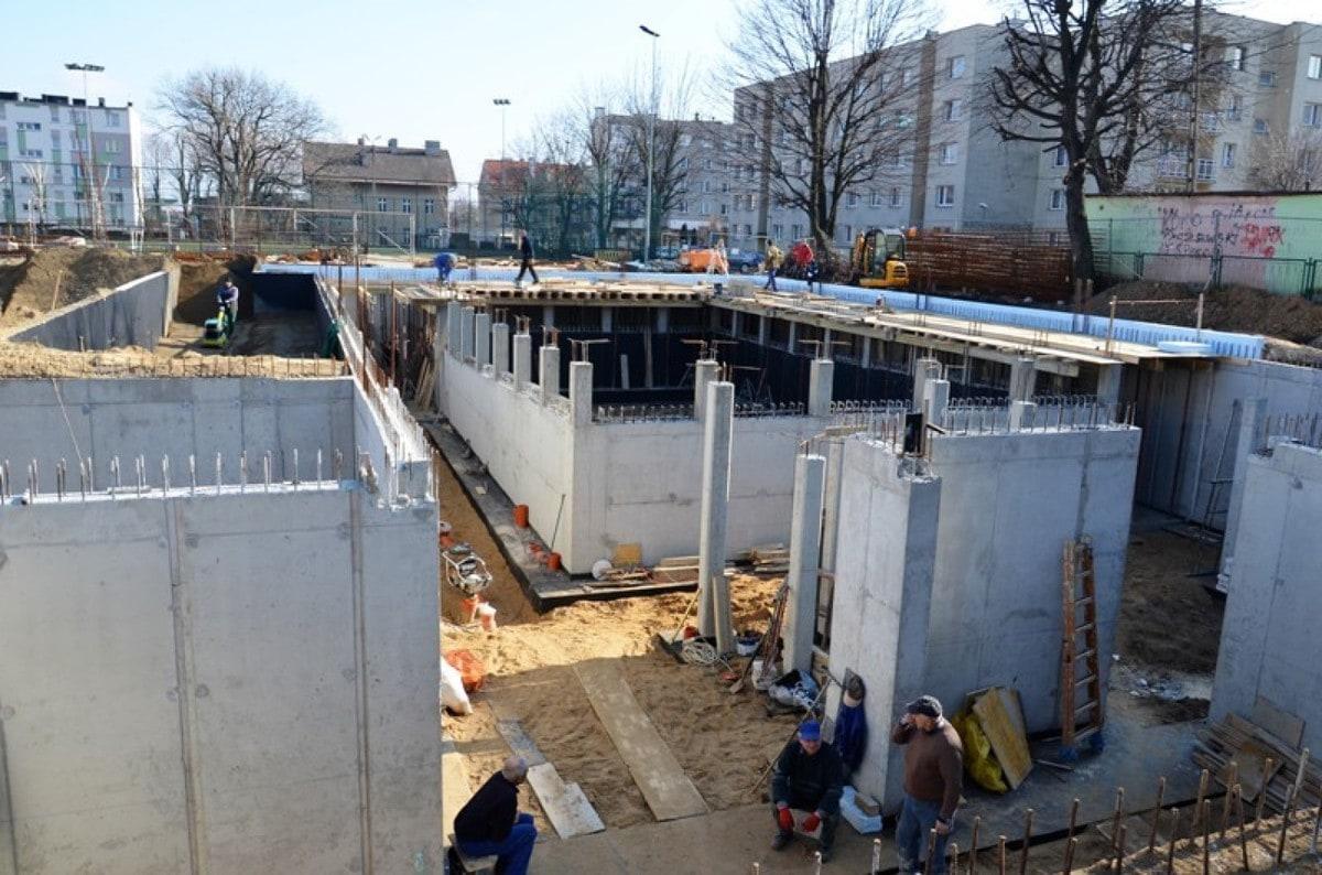 Budowa pływalni