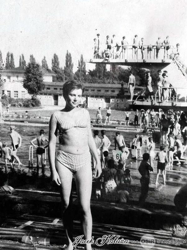 Strzegomskie baseny lata 60 ubiegłego wieku.  ( z kolekcji p.Jacek Kałuża )